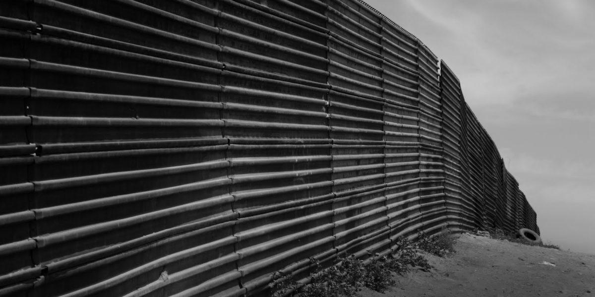 Us-mexico_border_at_Tijuana